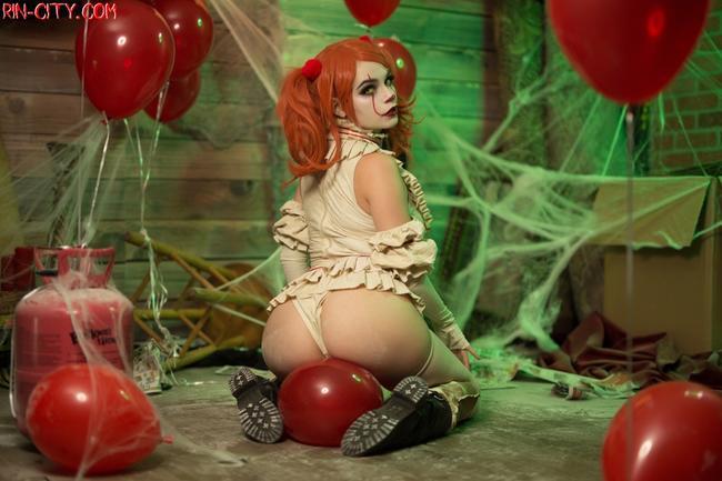 Сексуальная клоунесса Pennywise
