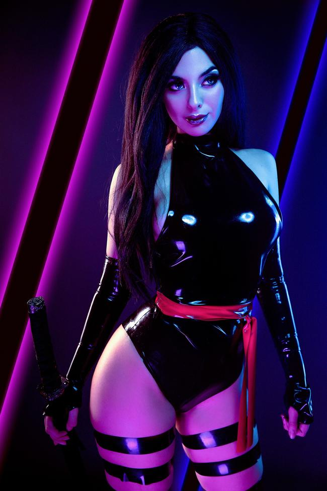 Valentina Kryp - Psylocke (X-Men - Marvel)