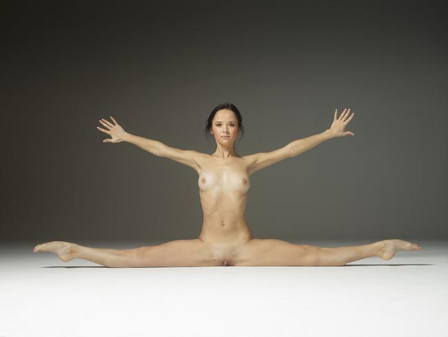 Галина увлекается гимнастикой