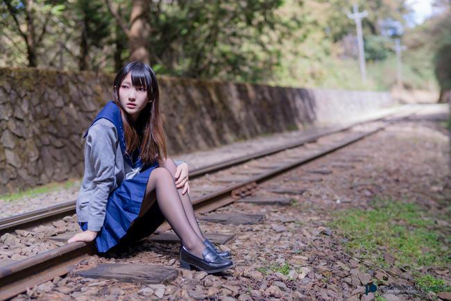 Эротический фотосет на китайской железной дороге