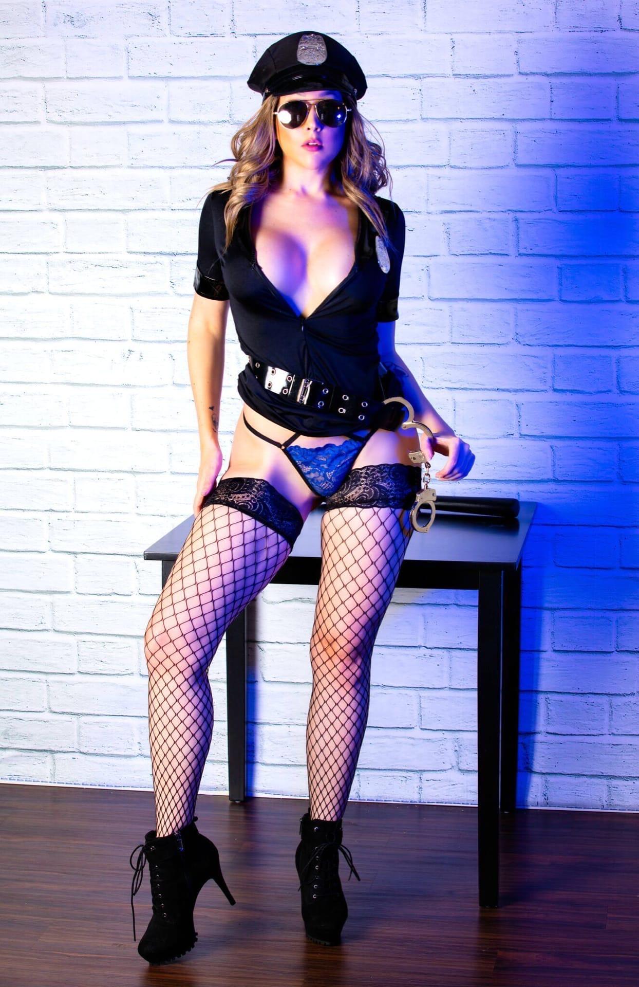 Bad Sexy Cop