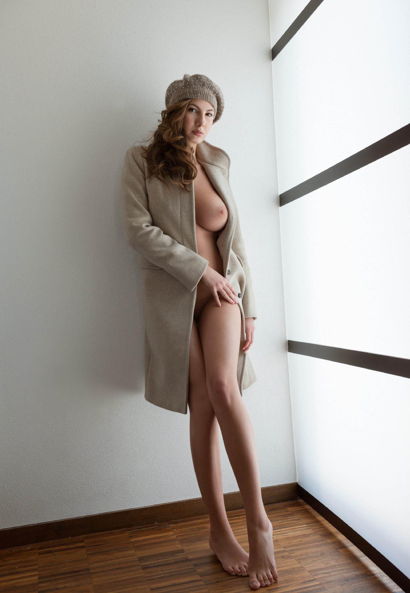 Беркова красивые сиськи в верхней одежде картинки