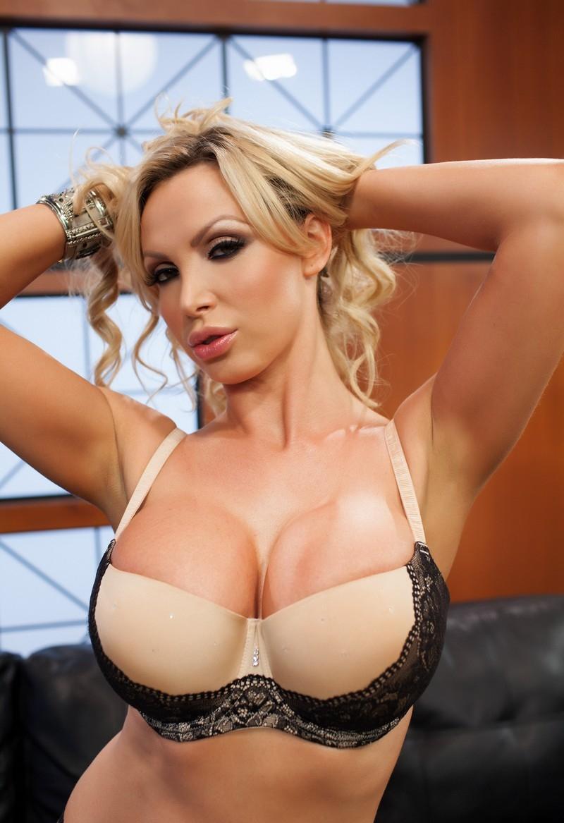 Таня бенц каталог порноактрис #5