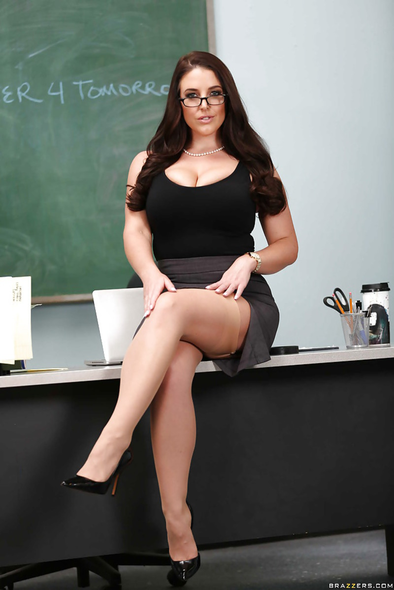 Leon sex sexy school teacher cleavage shots time bleeding sex