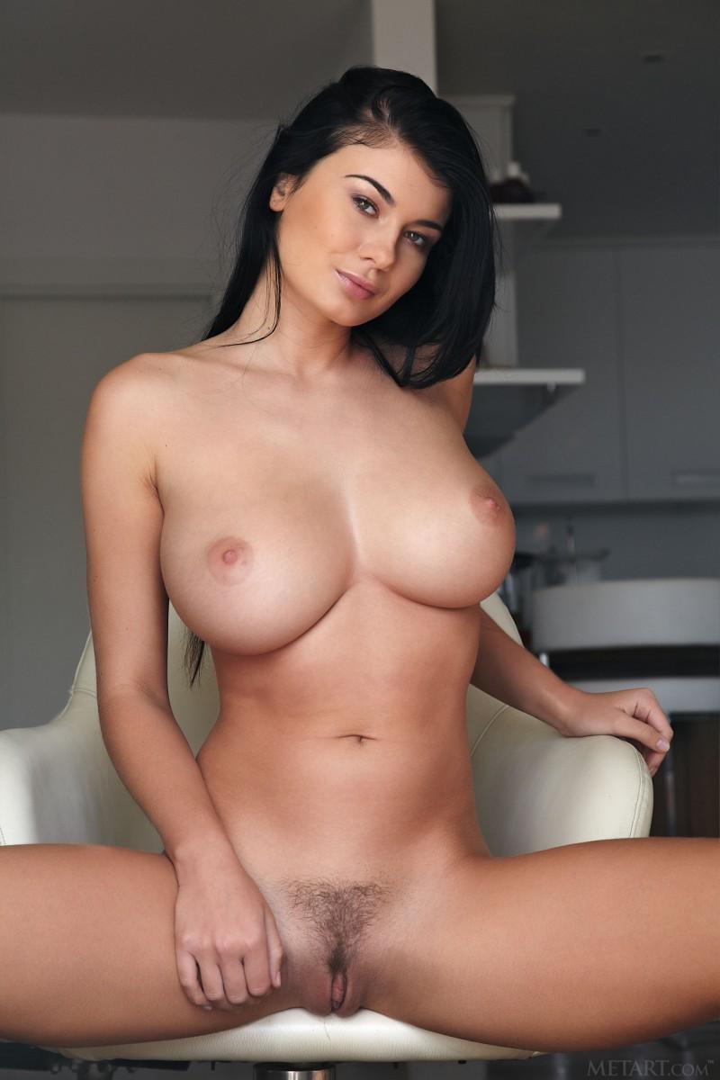 Порно порно картинки голых сисястых брюнеток пизды