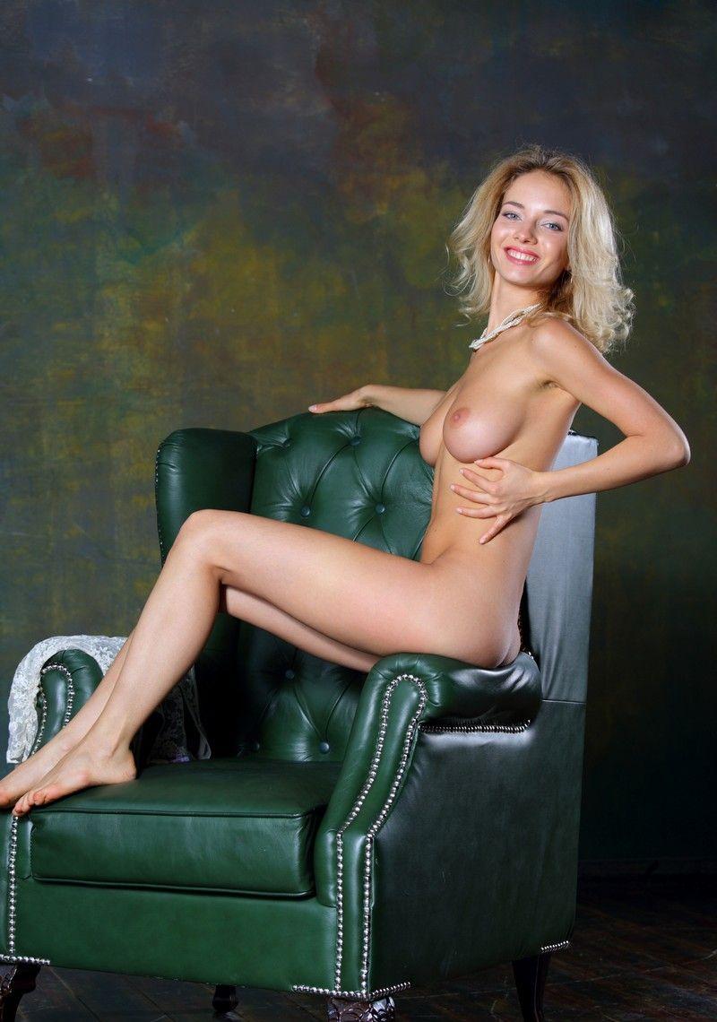 Винтажный фотосет блондинки