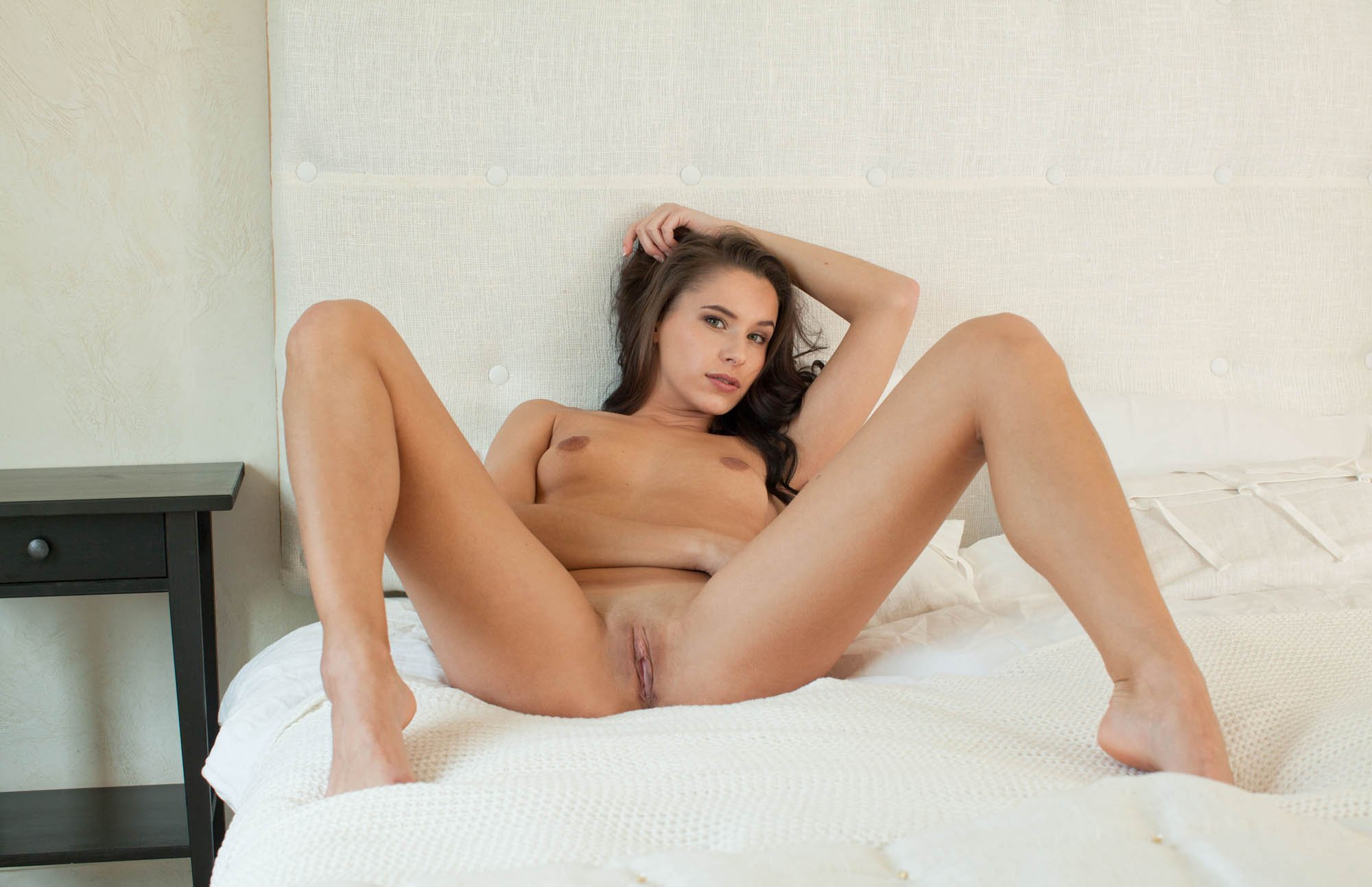 nude-diana-pussy