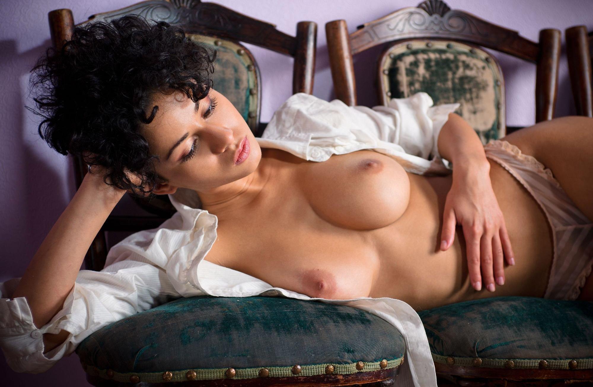 vargas-sex-paula-peralejo-nude-porn-school-girl