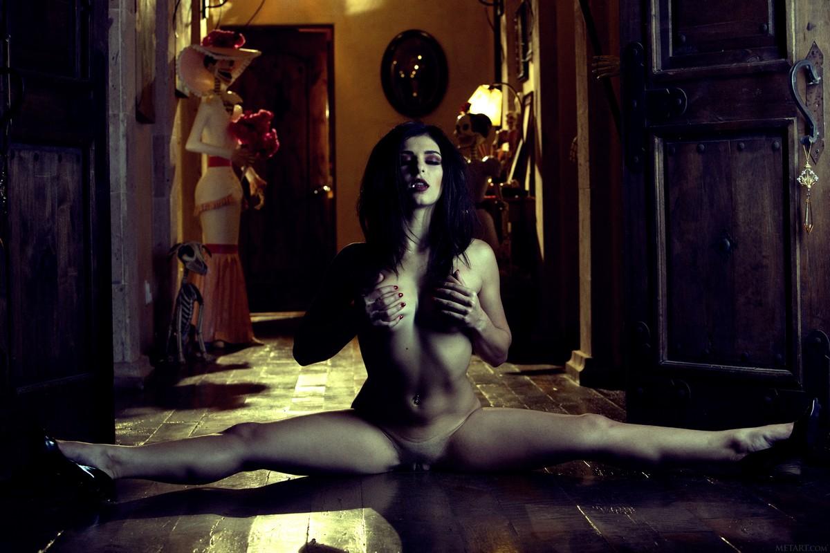 Naked vampires porntube — img 11