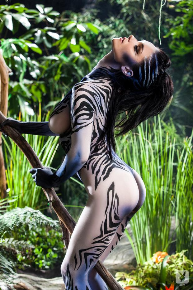 Body paint cosplay porn, bodywriting on nude women
