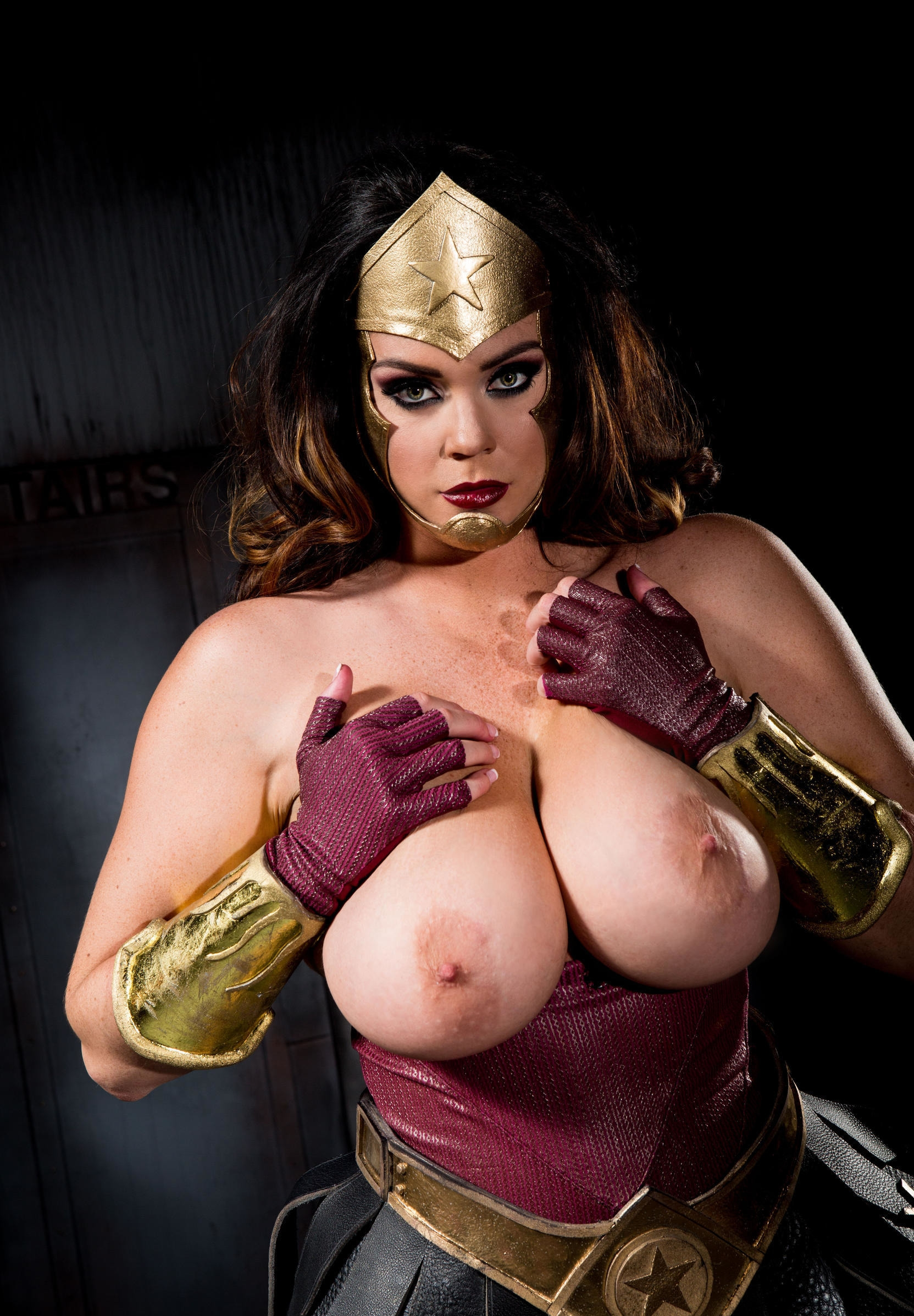 girl-naked-superheroes-females