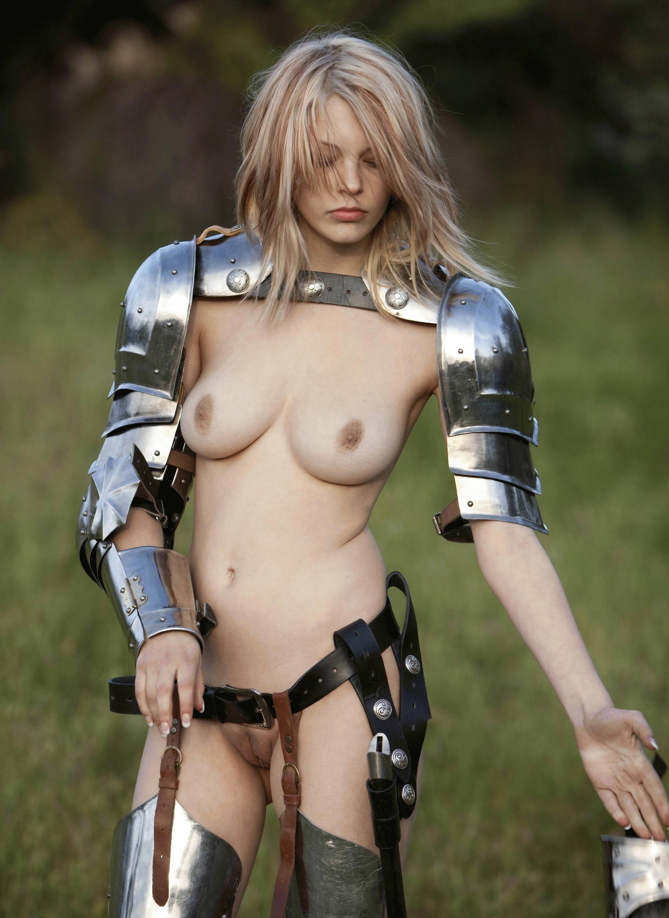 Порно девушки в доспехах фото — pic 14