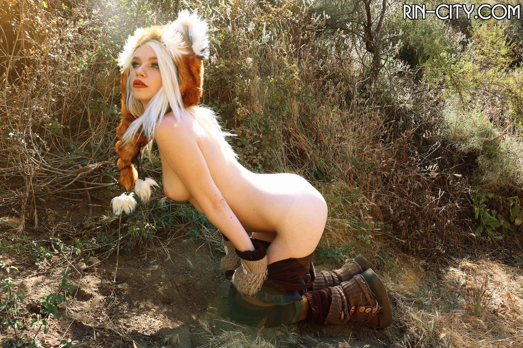 Эротичная красная панда