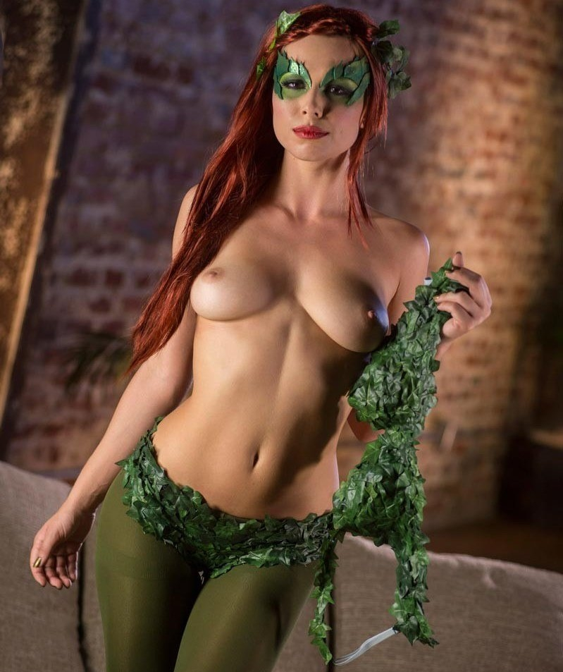 wee-nude-poison-ivy-nude-women-girl-loves