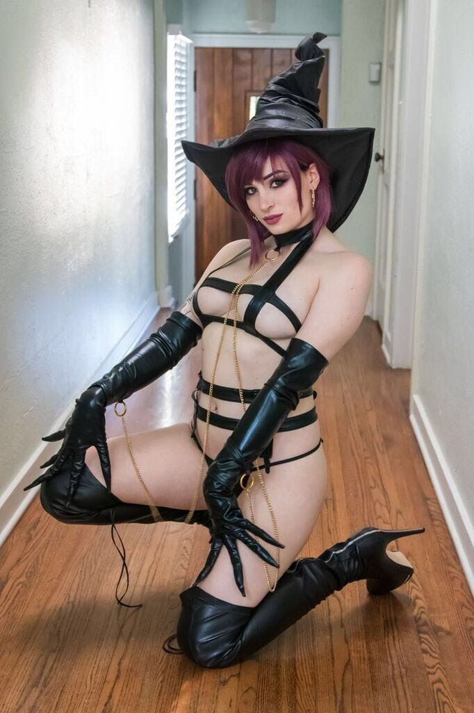 Сочная Ведьма