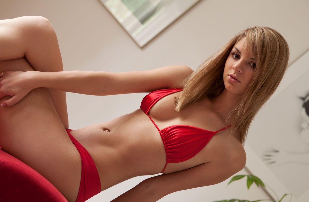 Супер секси девка, Красивые девушки порно видео. Онлайн соло красивых 17 фотография