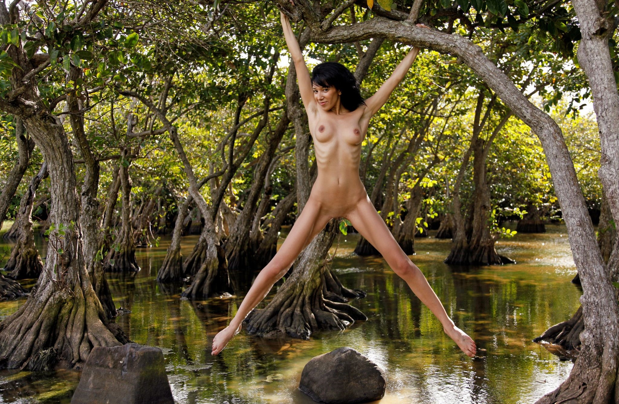 nude-girl-in-tree-asian-red