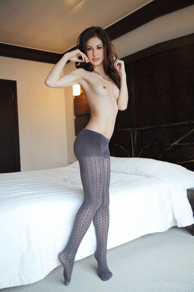 topless-pantyhose-pussy-topless