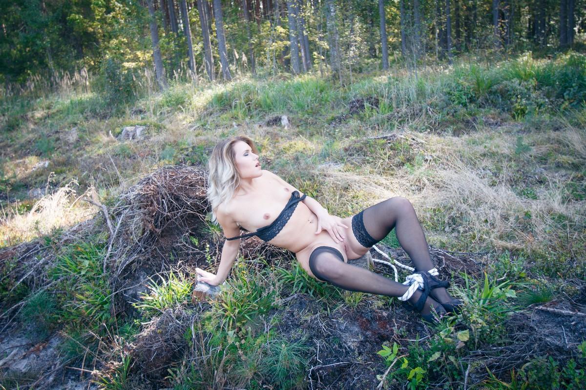 Проститутки на природи фото