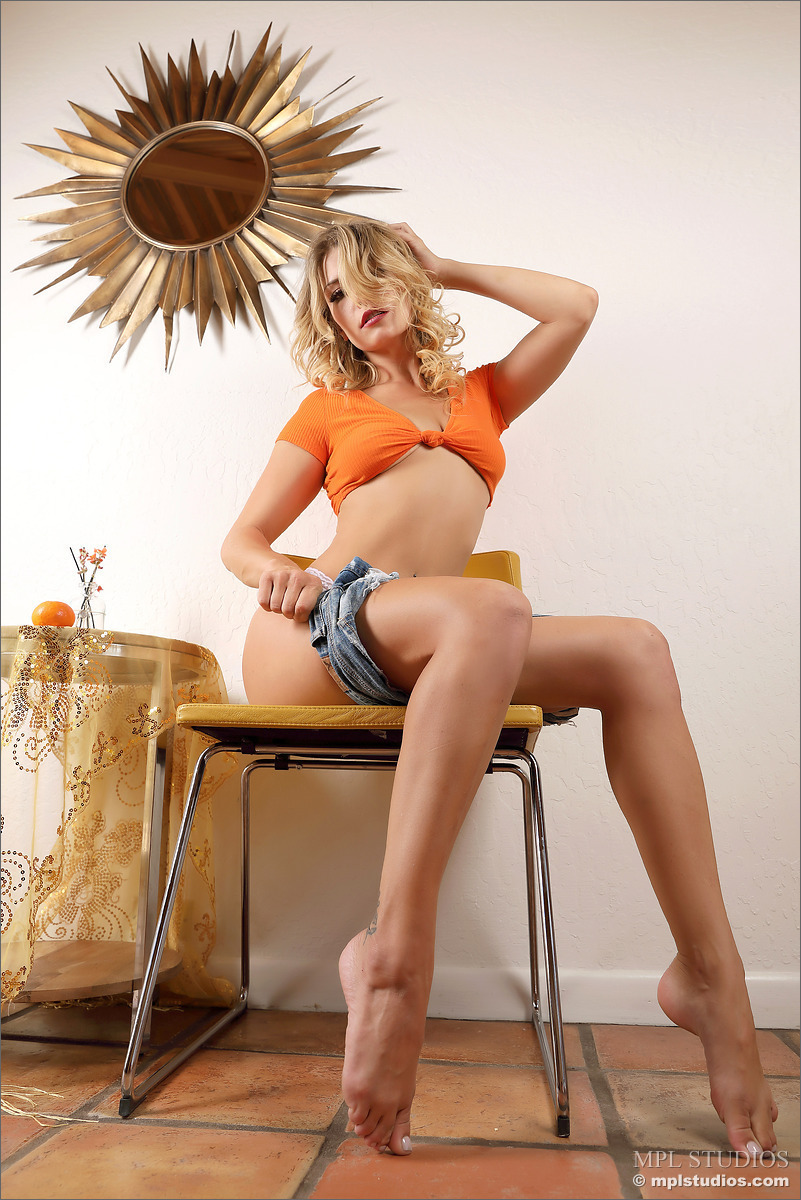 Апельсиновая скарлет