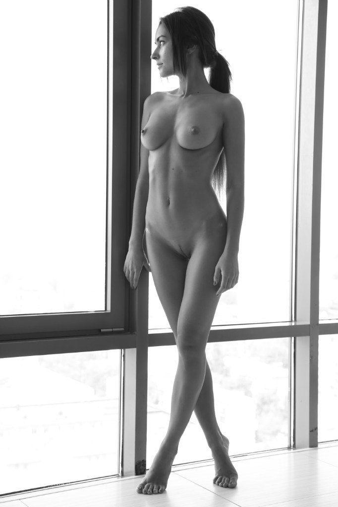 prikolizmcom  Фото девушек и их частей тела