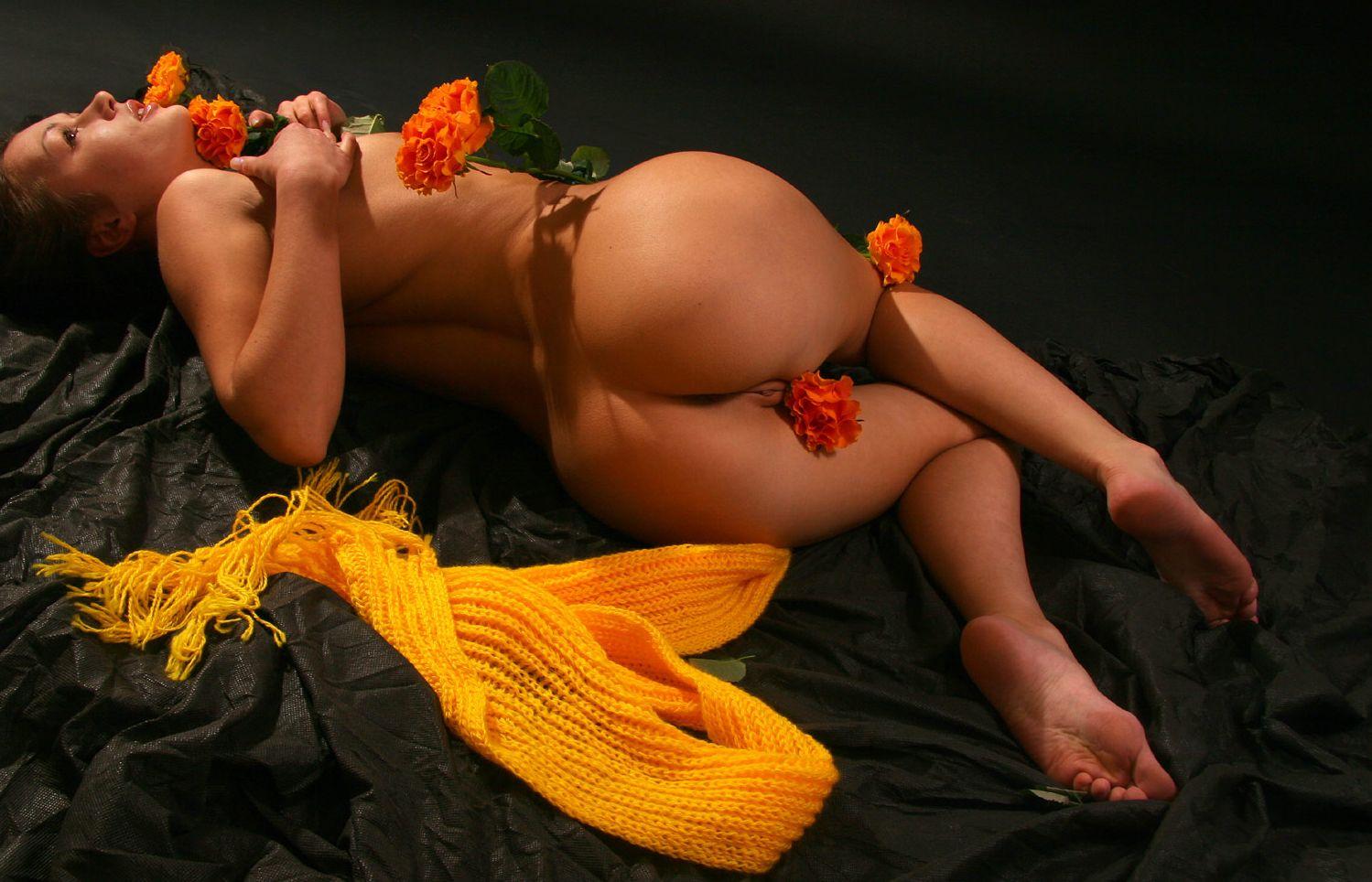 Erotic flowers pictures 9