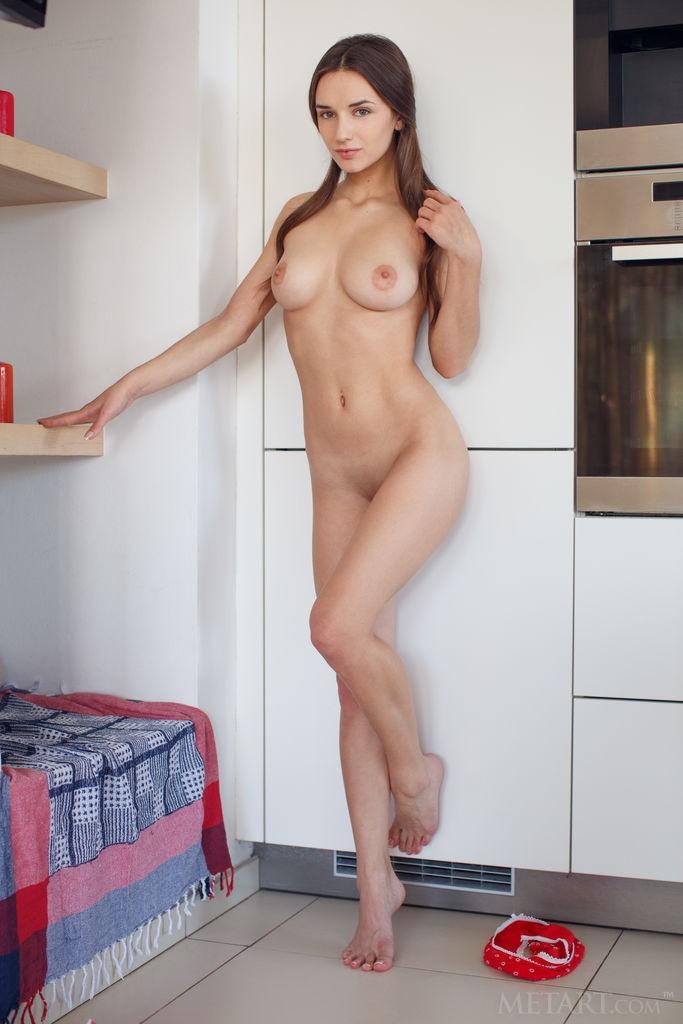 Одиноко на кухне