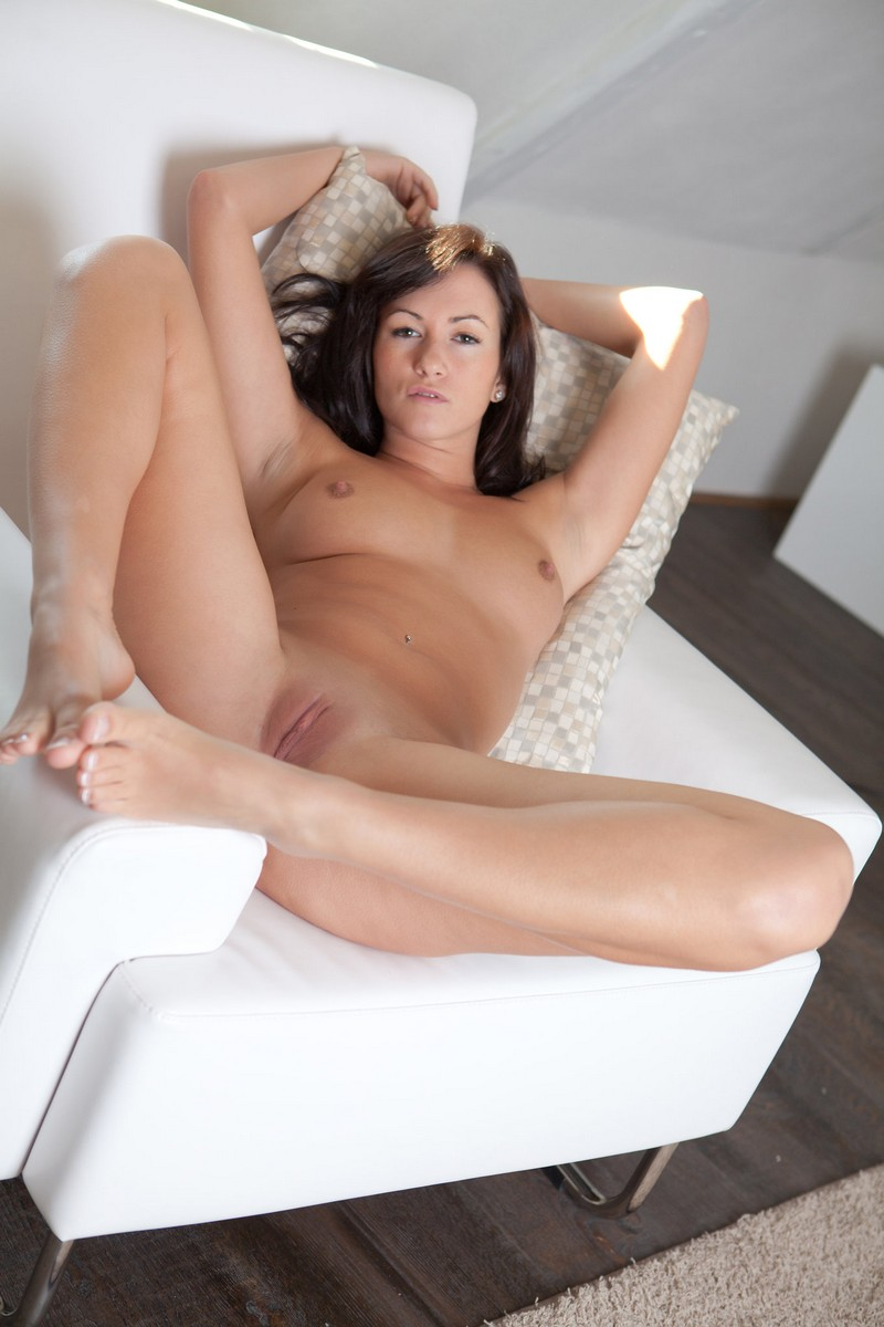 Tess Haubrich Sexy