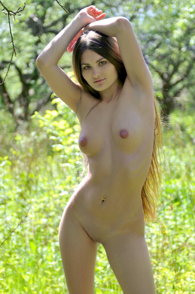 Full nude chick, milay cirus nude and fucking photo