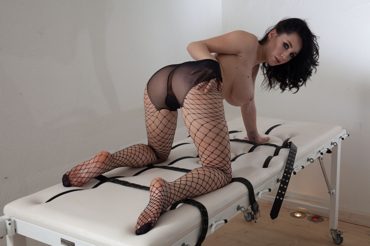 Развратная массажистка