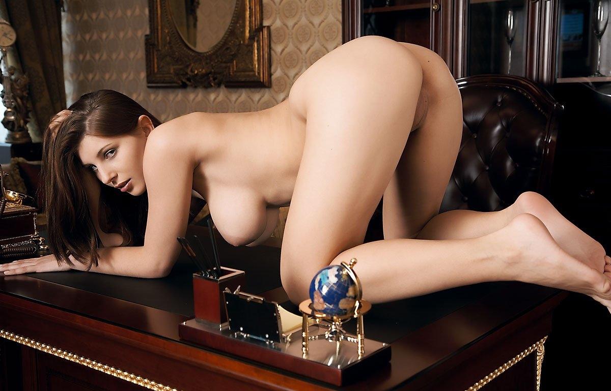 эротические галереи сайты показать
