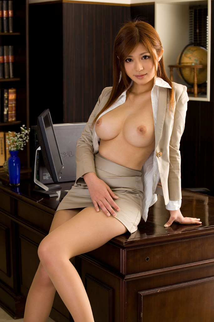 naked-hot-asian-girls-in-office-suites-porn-videos-for-ladies
