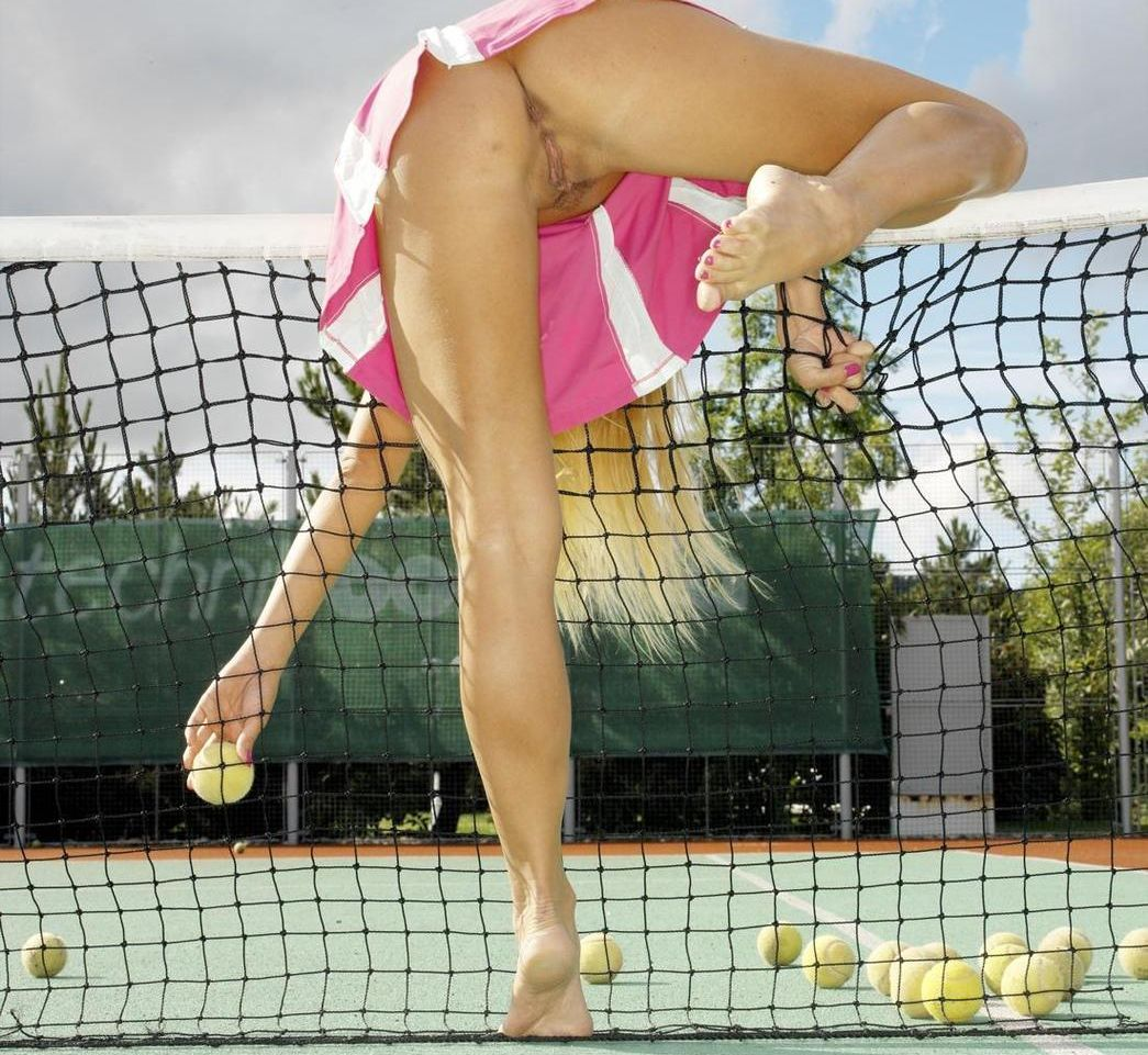tennis-girl-star-pussy-naked-xxx-galeri-black-woman-nude-outdoors