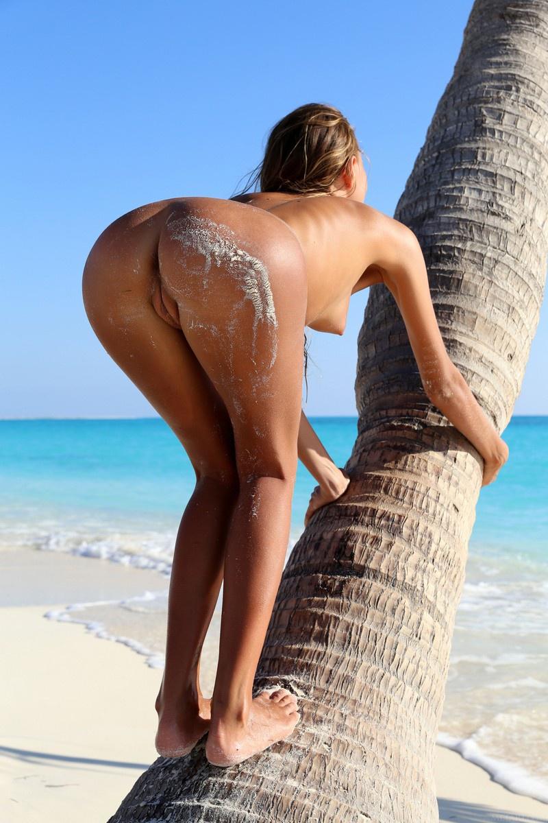 sexy-nude-beach-booties-paki-nude-boobs