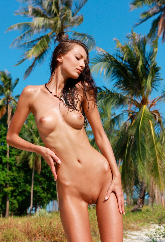 Naked skinny girls from sweden — photo 1