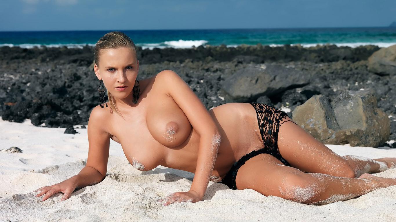 totally-naked-maltese-women-nude-photos-porn-sex-video