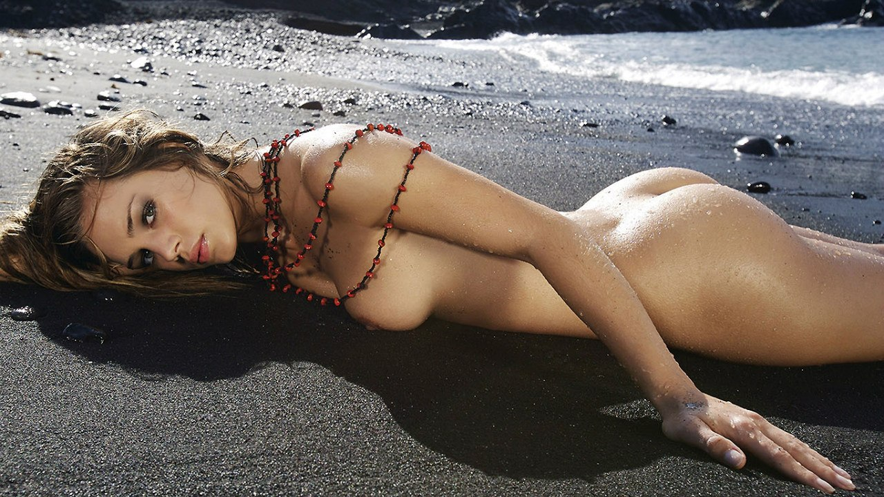 sexi-beach-girls-erotic-sling-bikini