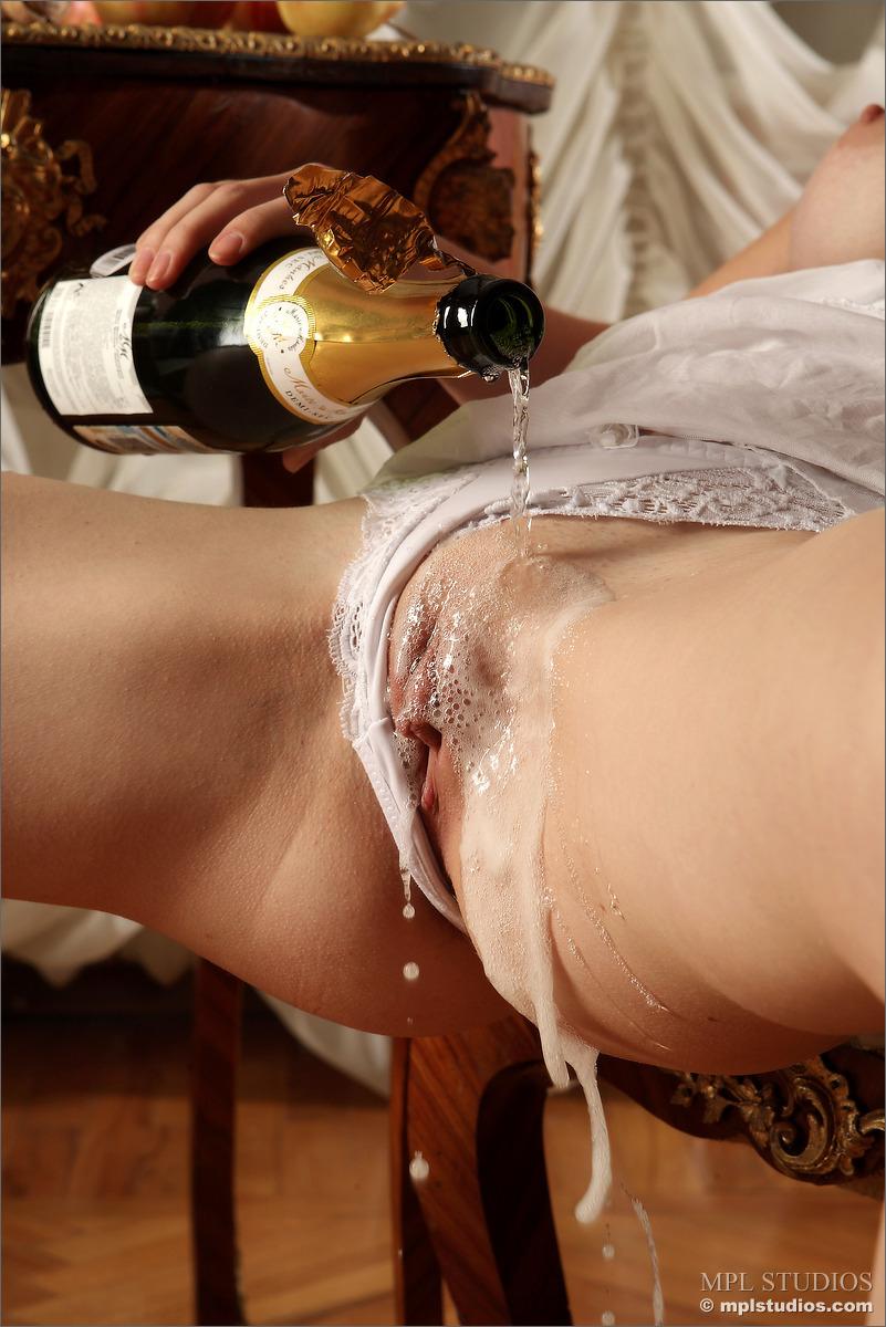 порно шампанское смотреть онлайн - 14