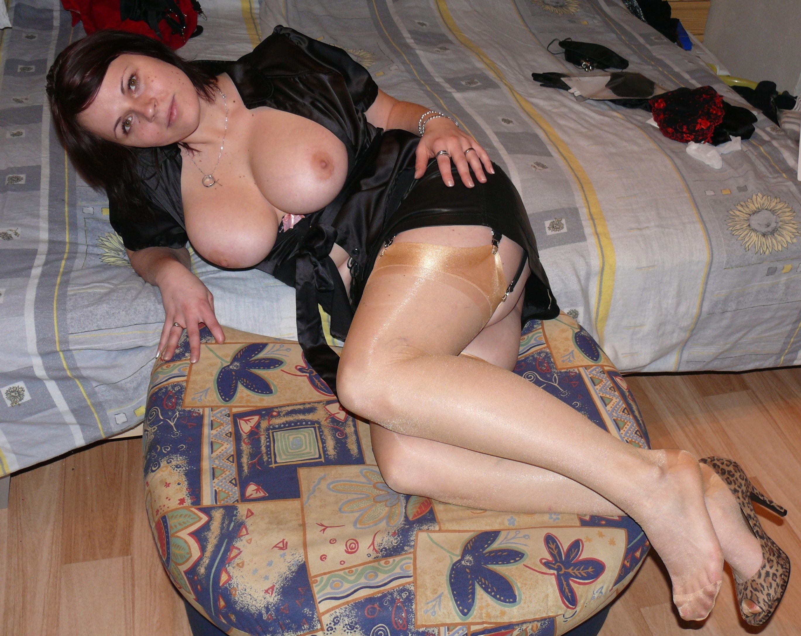 грудастые русские проститутки фото
