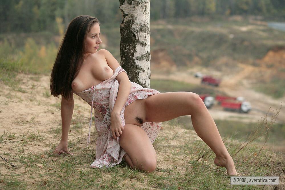 Русская краса раздевается