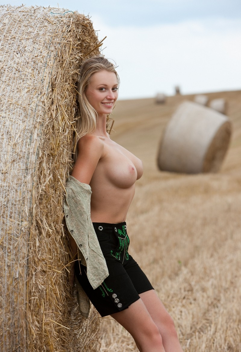 tits-hot-sexy-farm-girl-s-nude