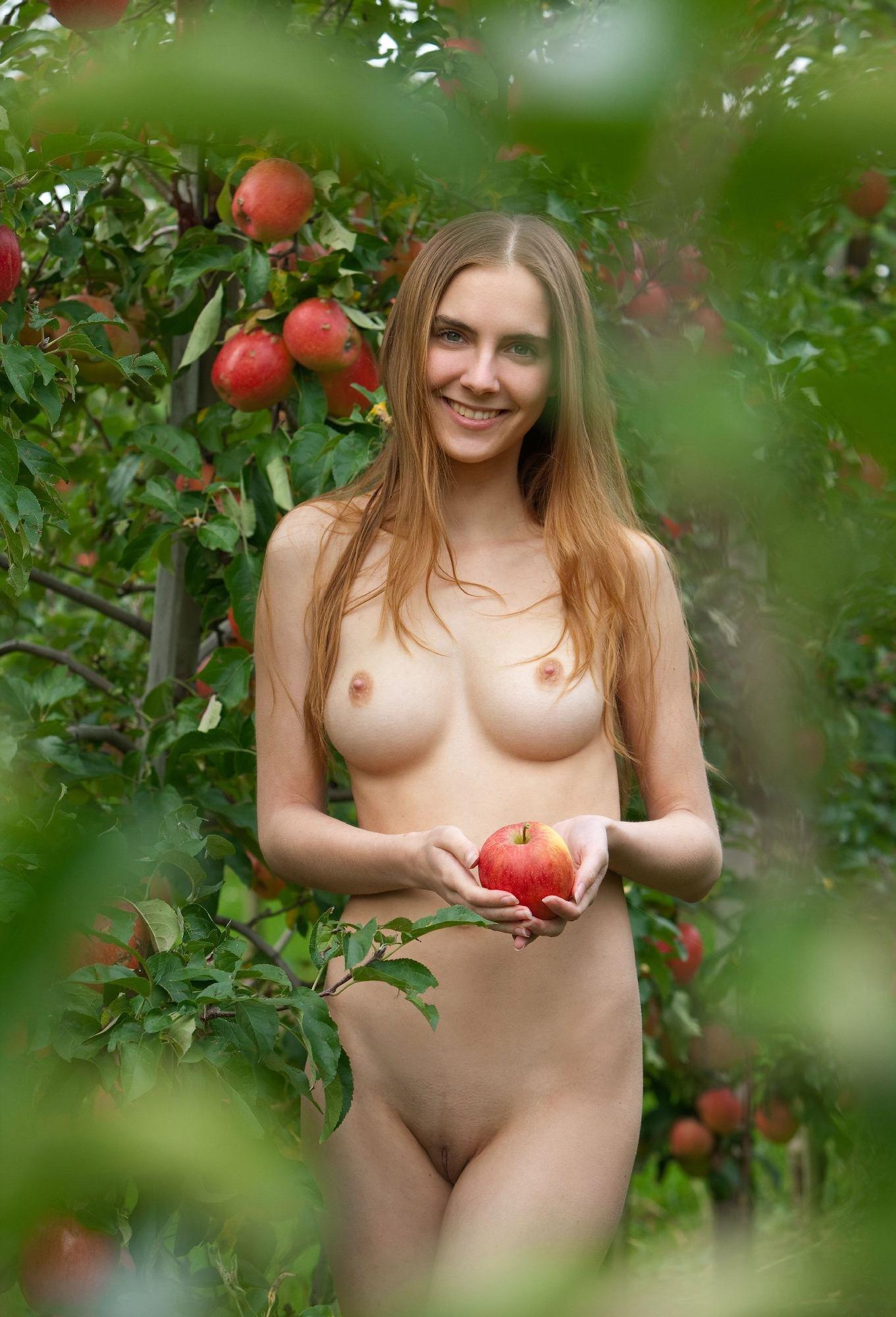 Эротические фото сады каспаровой #8