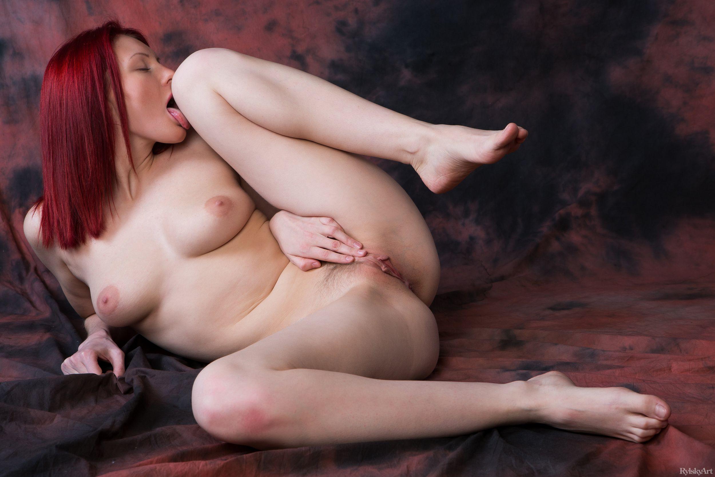 Рыжая бестия xxx, Рыжая бестия: порно видео онлайн, смотреть порно на 22 фотография