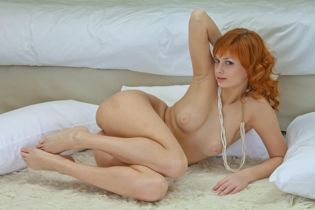 seks-rizhaya-izvrashenka-foto-soski-sosut-foto