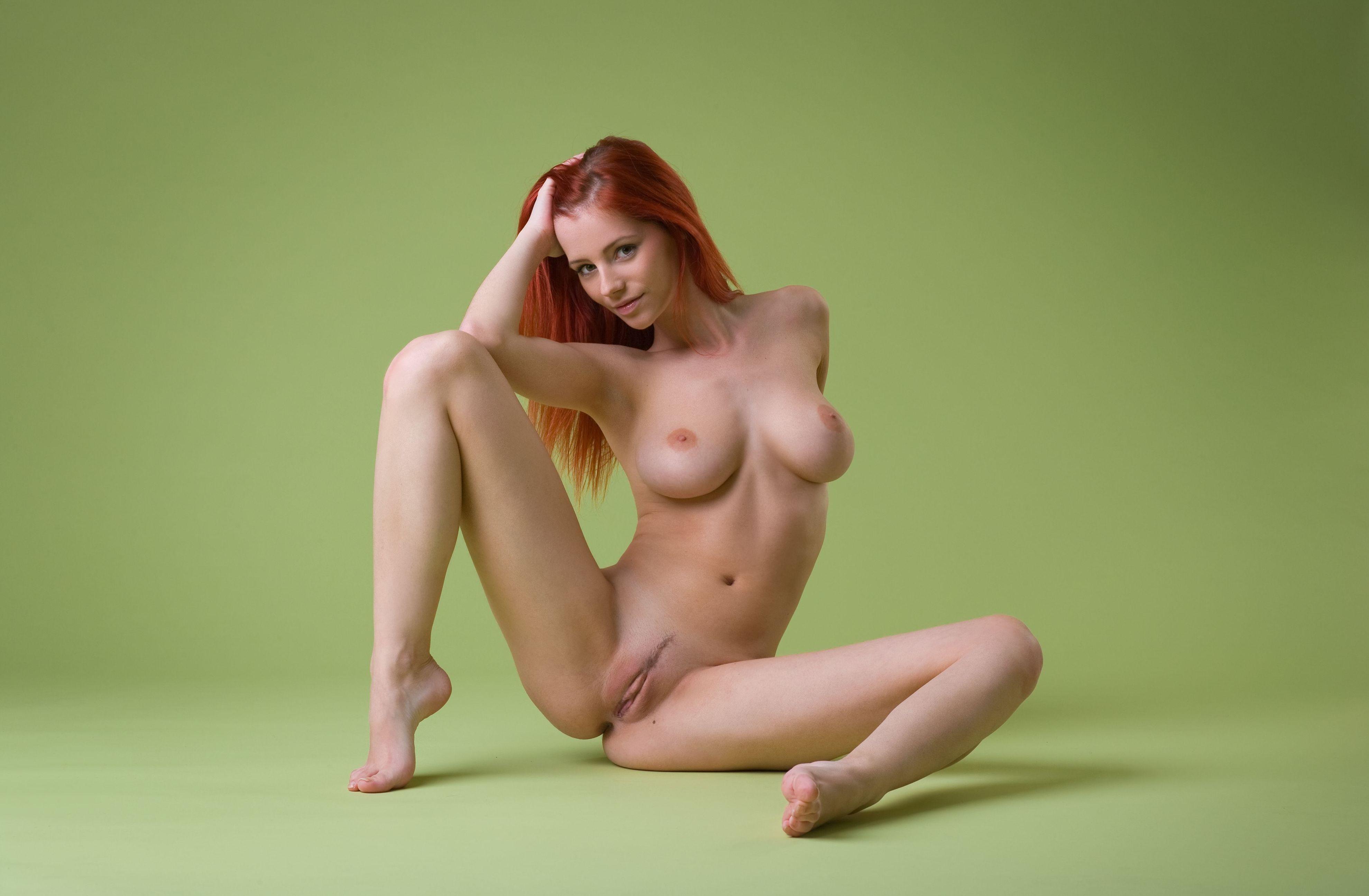 девушки голой порно фотосет