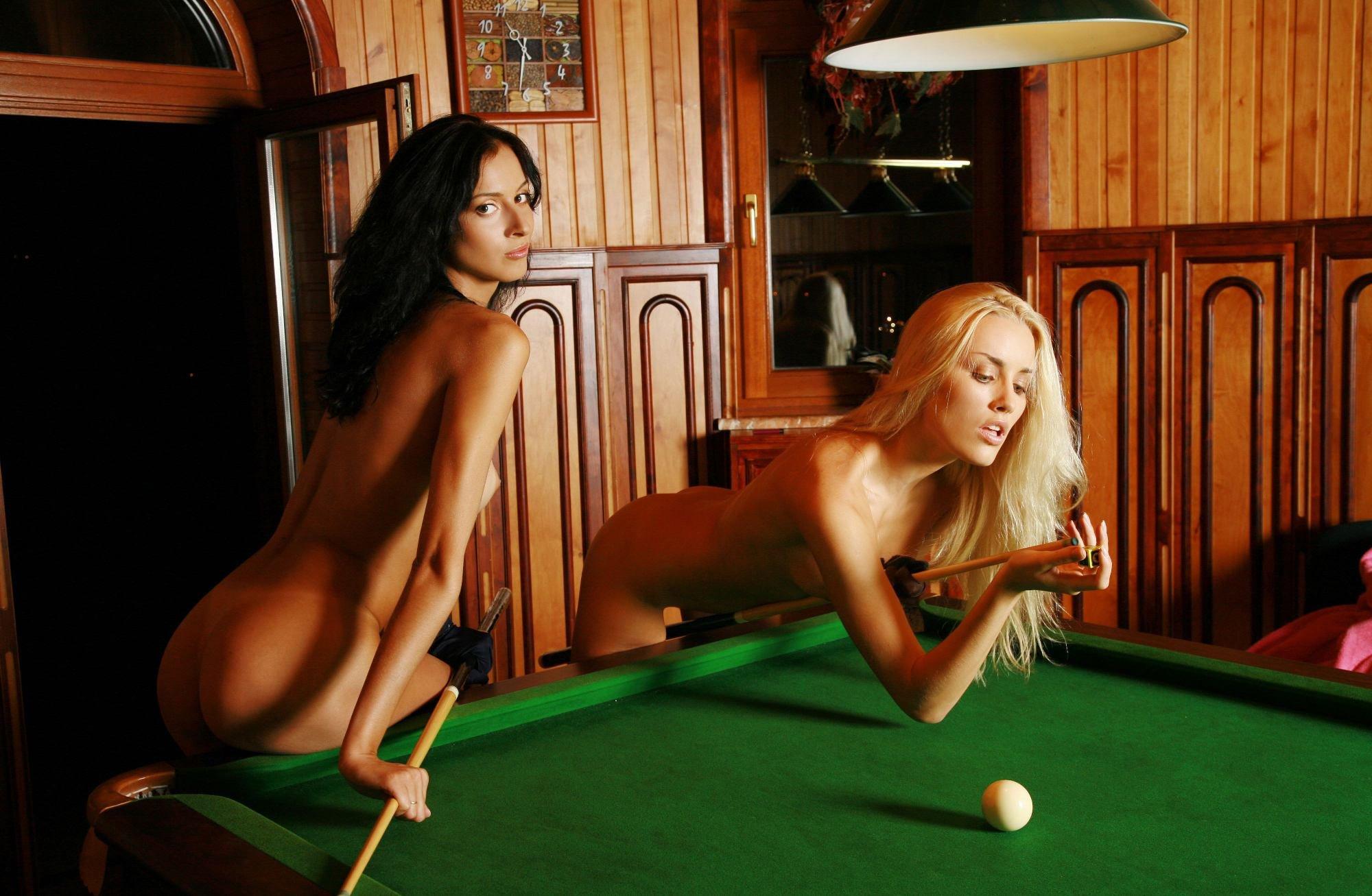 Секс бильярд играть, Эротический покер-бильярд - Эротические и порно игры 25 фотография