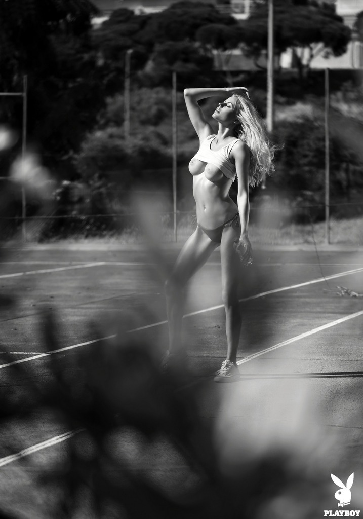 Горячая Теннисистка