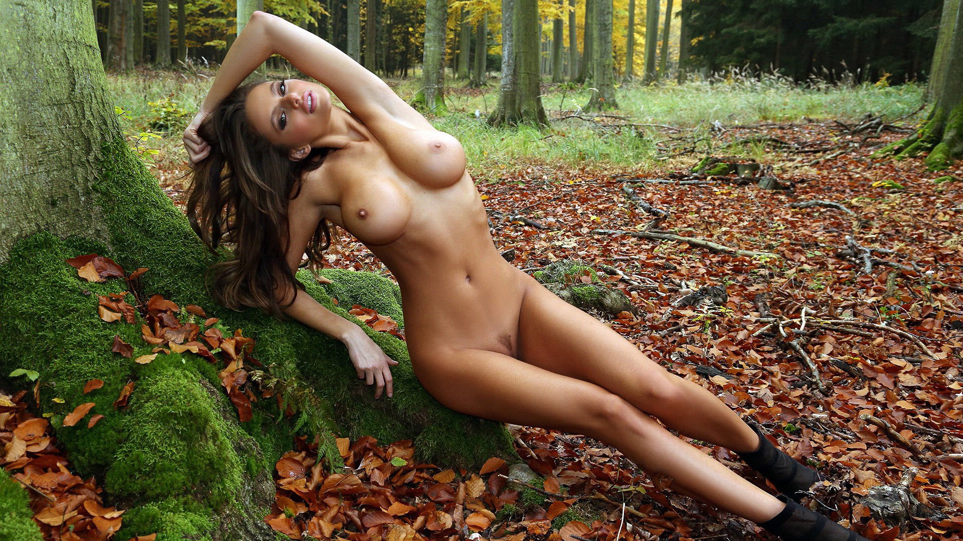 Hot girl nudes — 14
