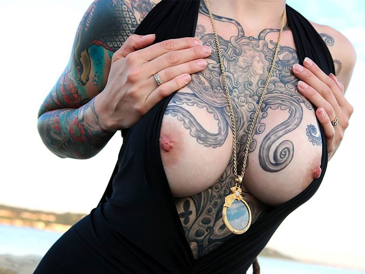 big-tits-and-tattoos