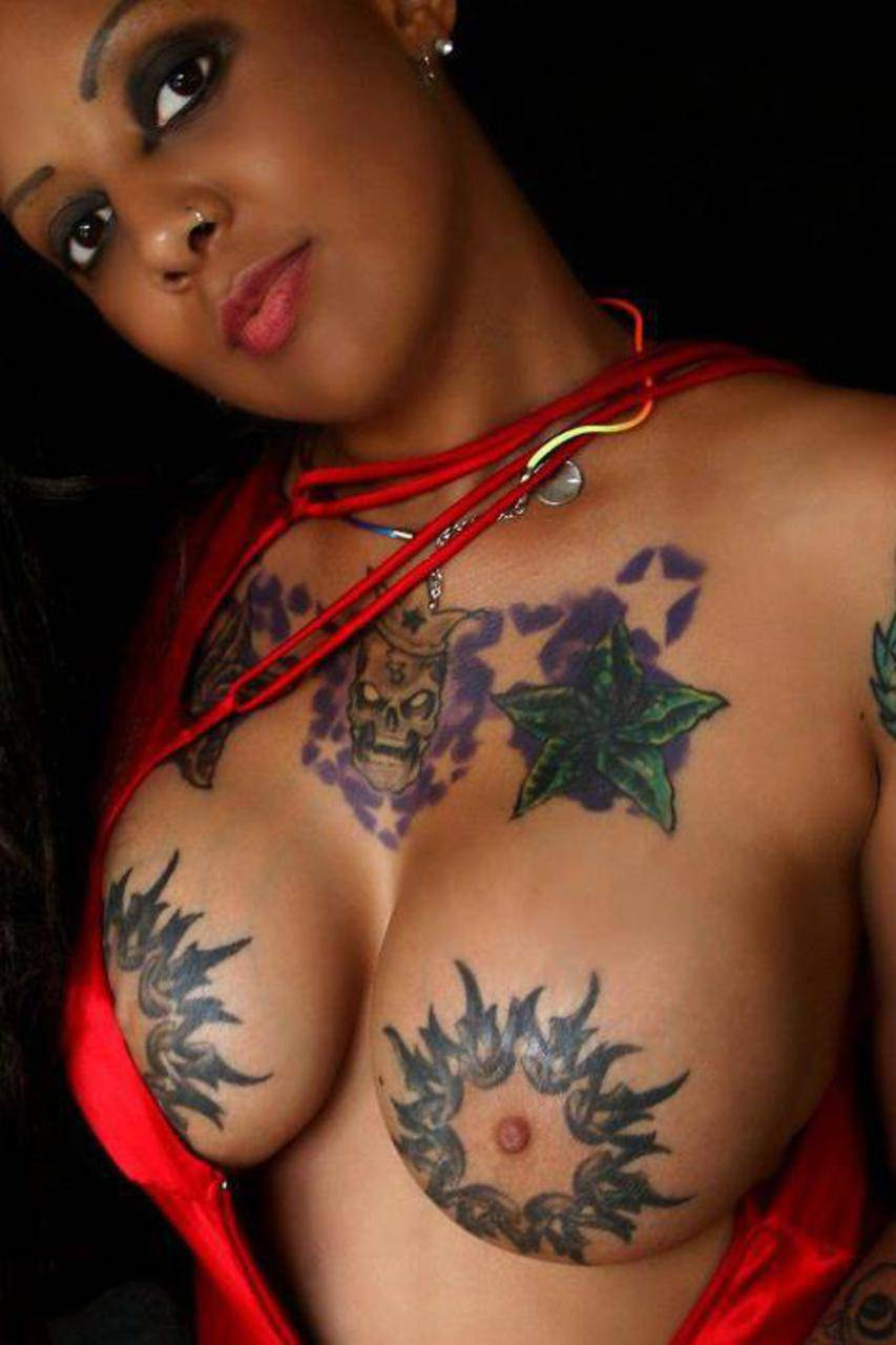 big-tits-and-tattoos-gage